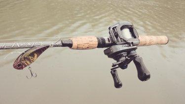 初秋のバス釣り。巻物で一匹!?な釣りノート。
